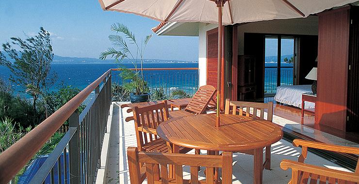 http://www.terrace.co.jp/en/busena/archives/img/guestroom/room_pic/ds01.jpg