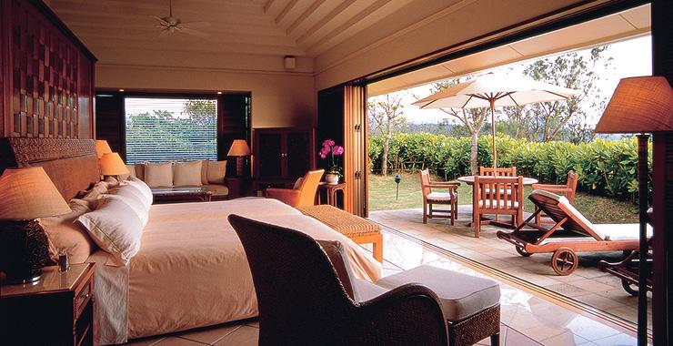 http://www.terrace.co.jp/en/busena/archives/img/guestroom/room_pic/ps02.jpg
