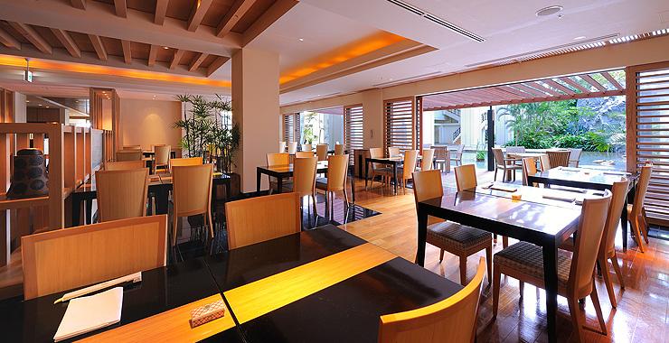 http://www.terrace.co.jp/en/busena/archives/img/restaurant_bar/pic/mahae_01.jpg